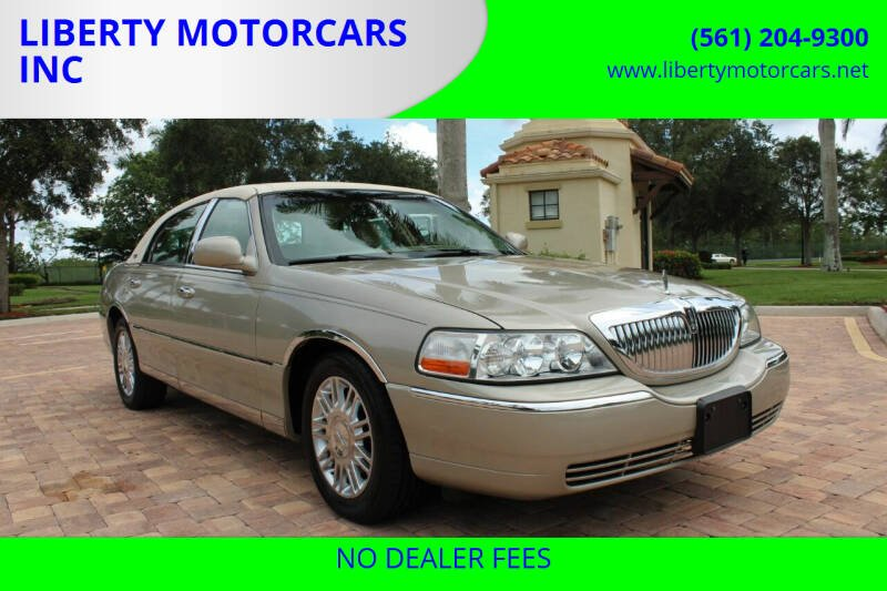 2008 Lincoln Town Car for sale at LIBERTY MOTORCARS INC in Royal Palm Beach FL