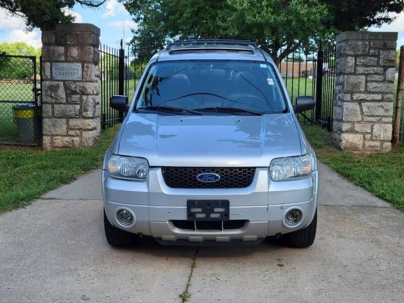 2005 Ford Escape for sale at Blue Ridge Auto Outlet in Kansas City MO