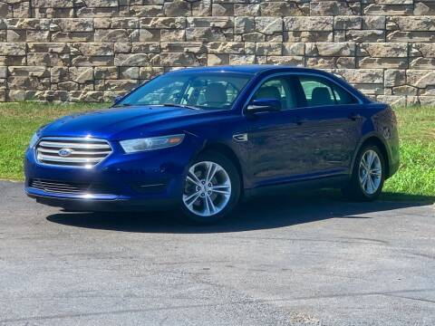 2014 Ford Taurus for sale at Car Hunters LLC in Mount Juliet TN