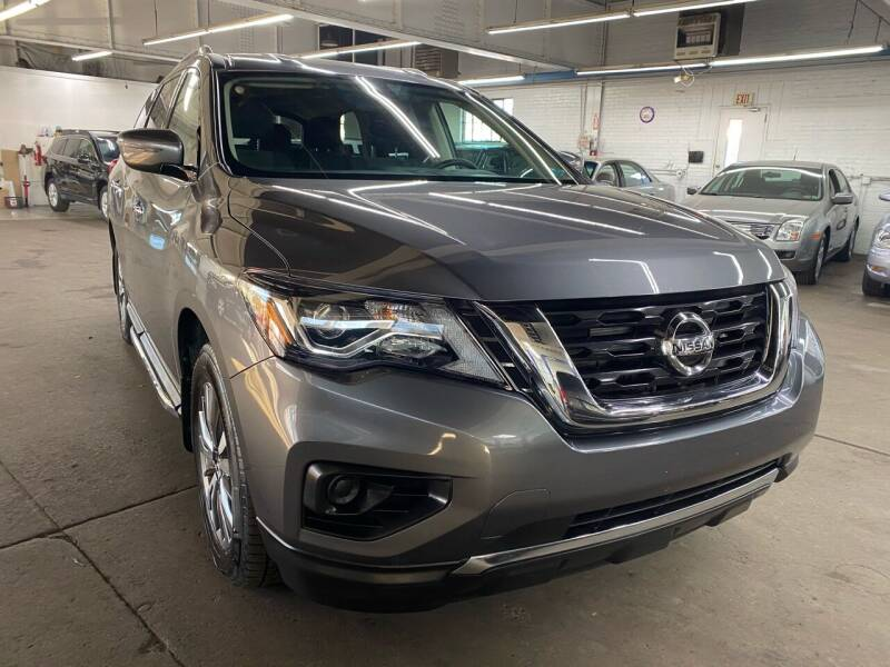 2018 Nissan Pathfinder for sale at John Warne Motors in Canonsburg PA