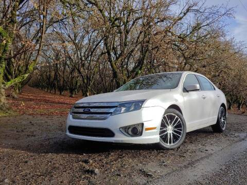 2010 Ford Fusion for sale at M AND S CAR SALES LLC in Independence OR