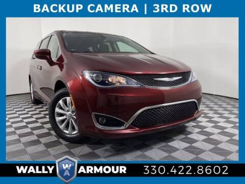 2018 Chrysler Pacifica for sale at Wally Armour Chrysler Dodge Jeep Ram in Alliance OH