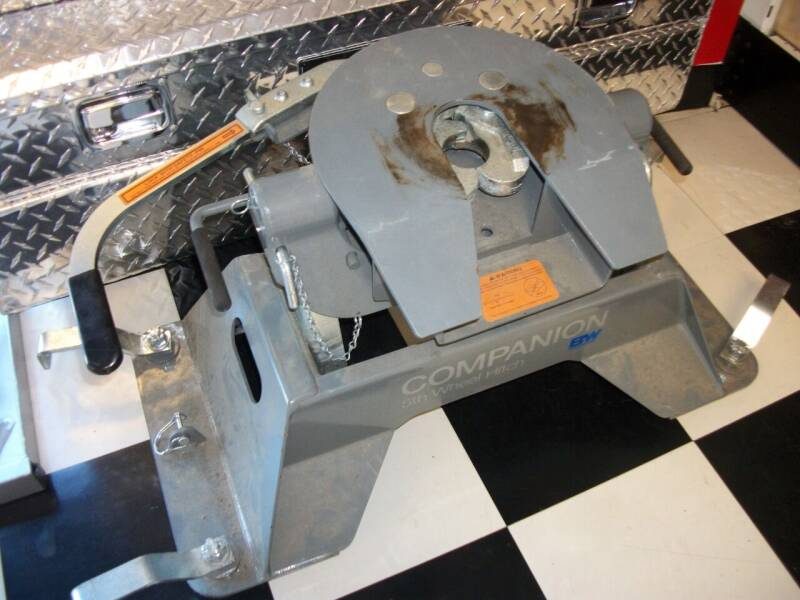 Compainio 5th Wheel Hitch for sale at Classics Truck and Equipment Sales in Cadiz KY