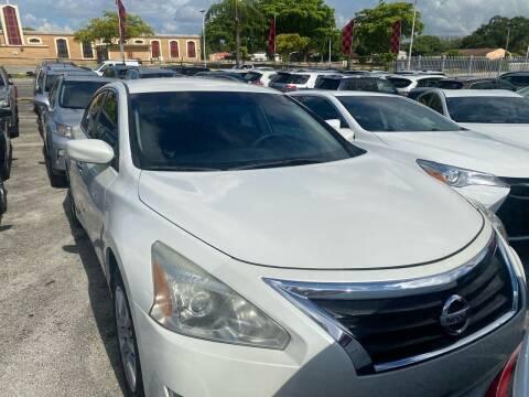 2013 Nissan Altima for sale at America Auto Wholesale Inc in Miami FL