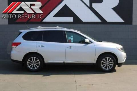 2014 Nissan Pathfinder for sale at Auto Republic Fullerton in Fullerton CA