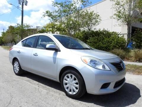 2013 Nissan Versa for sale at SUPER DEAL MOTORS in Hollywood FL