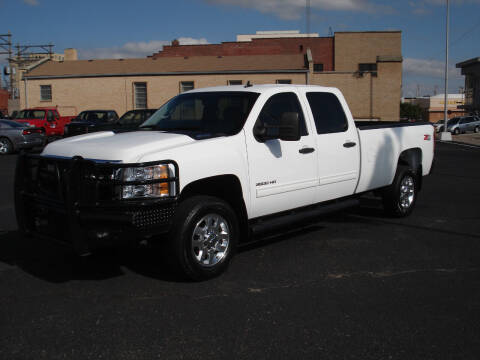 2011 Chevrolet Silverado 3500HD for sale at Shelton Motor Company in Hutchinson KS