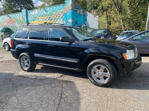 2007 Jeep Grand Cherokee for sale at Showcase Motors in Pittsburgh PA