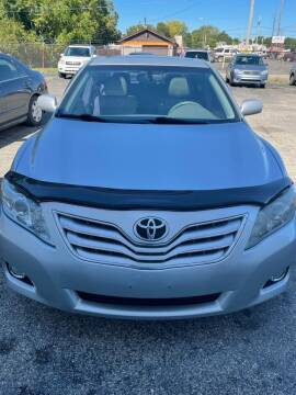 2011 Toyota Camry for sale at Crown Motors in Hamilton OH