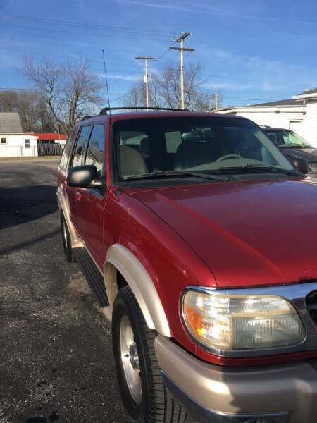 2001 Ford Explorer for sale at Mike Hunter Auto Sales in Terre Haute IN