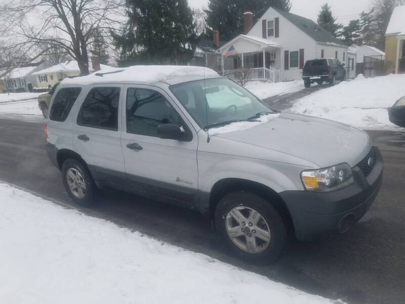 2006 Ford Escape Hybrid for sale at REM Motors in Columbus OH
