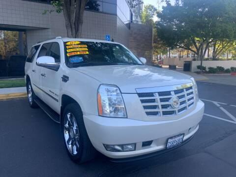 2007 Cadillac Escalade ESV for sale at Right Cars Auto Sales in Sacramento CA