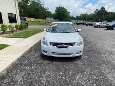 2012 Nissan Altima for sale at B & B AUTO SALES INC in Odenville AL