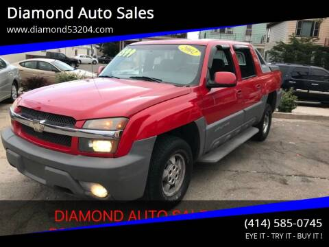 2002 Chevrolet Avalanche for sale at Diamond Auto Sales in Milwaukee WI