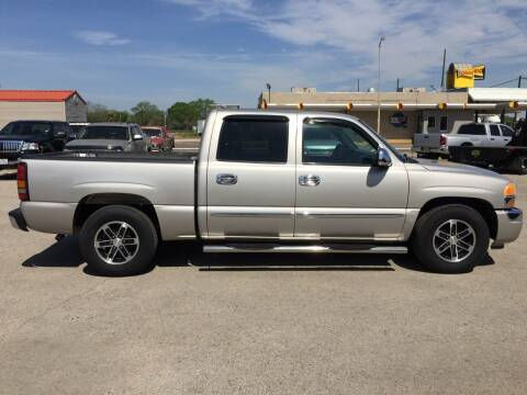 2006 GMC Sierra 1500 for sale at JENTSCH MOTORS in Hearne TX