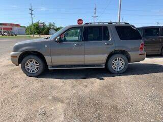 2004 Mercury Mountaineer for sale at J & S Auto in Downs KS