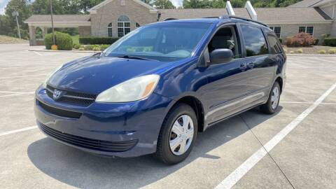 2004 Toyota Sienna for sale at 411 Trucks & Auto Sales Inc. in Maryville TN
