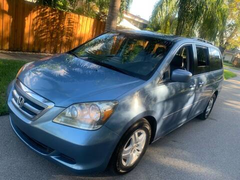 2007 Honda Odyssey for sale at FINANCIAL CLAIMS & SERVICING INC in Hollywood FL