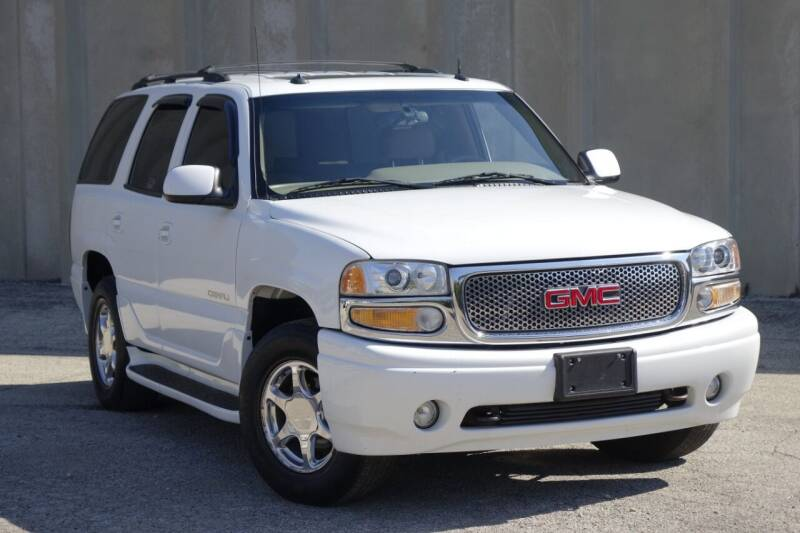 2003 GMC Yukon for sale at Albo Auto in Palatine IL
