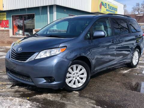 2014 Toyota Sienna for sale at El Tucanazo Auto Sales in Grand Island NE