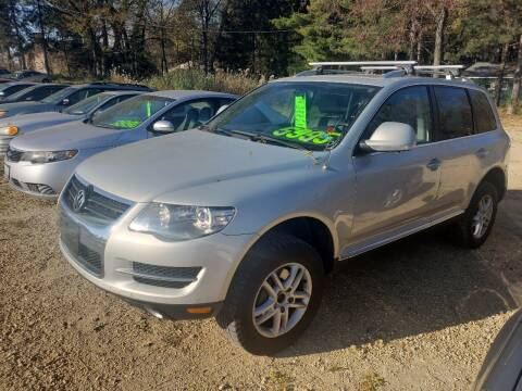 2008 Volkswagen Touareg 2 for sale at Northwoods Auto & Truck Sales in Machesney Park IL