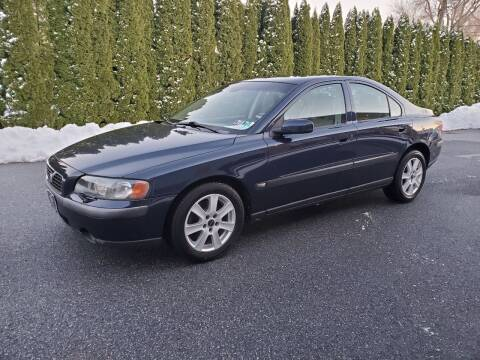 2004 Volvo S60 for sale at Kingdom Autohaus LLC in Landisville PA