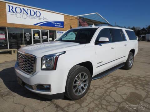 2020 GMC Yukon XL for sale at Rondo Truck & Trailer in Sycamore IL