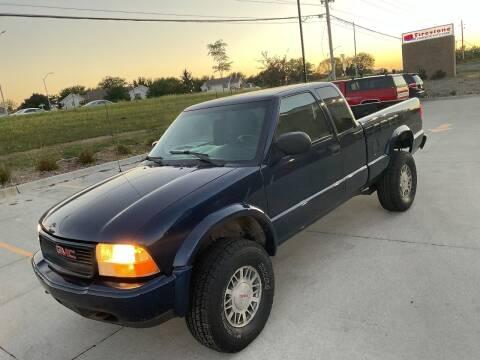 2001 GMC Sonoma for sale at Bam Motors in Dallas Center IA