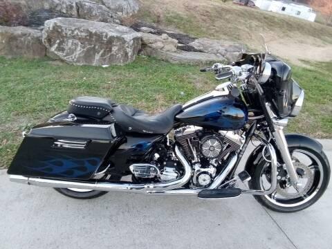 2011 Harley-Davidson FLHX for sale at HIGHWAY 12 MOTORSPORTS in Nashville TN