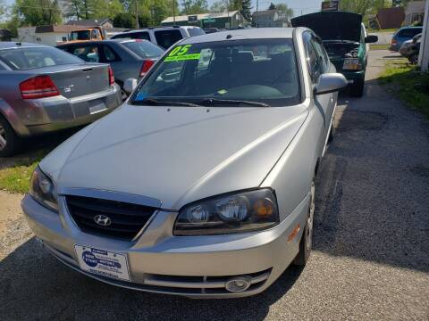 2005 Hyundai Elantra for sale at New Start Motors LLC in Montezuma IN