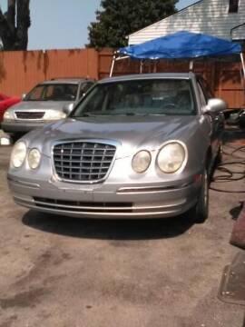 2005 Kia Amanti for sale at Used Car City in Tulsa OK