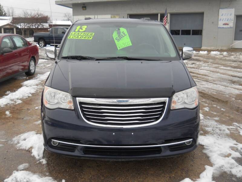 2013 Chrysler Town and Country for sale at Shaw Motor Sales in Kalkaska MI