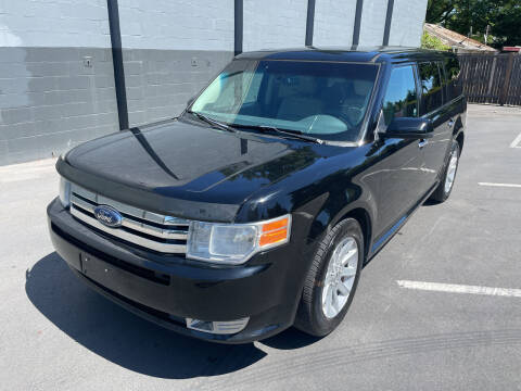 2009 Ford Flex for sale at APX Auto Brokers in Lynnwood WA