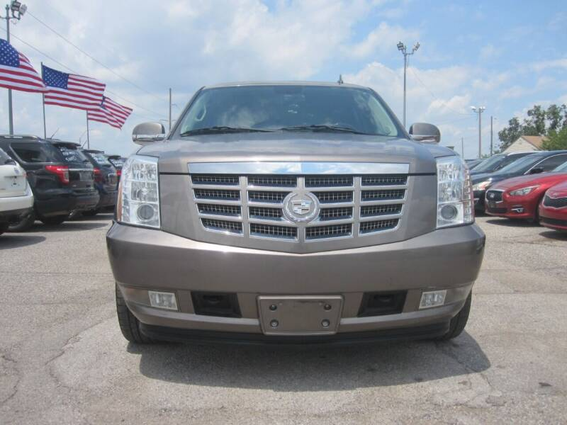 2011 Cadillac Escalade ESV for sale at T & D Motor Company in Bethany OK