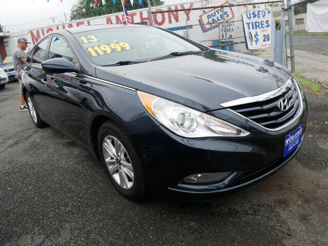 2013 Hyundai Sonata for sale at MICHAEL ANTHONY AUTO SALES in Plainfield NJ