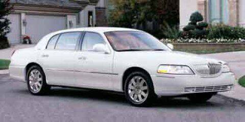 2003 Lincoln Town Car for sale at WOODLAKE MOTORS in Conroe TX