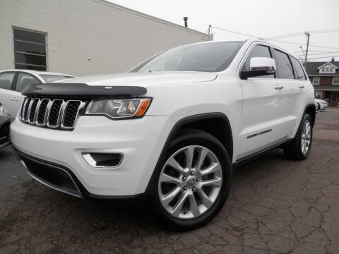 2017 Jeep Grand Cherokee for sale at Ted's Auto Sales in Louisville OH
