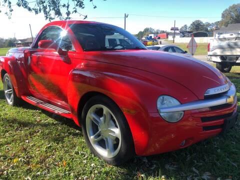 2004 Chevrolet SSR for sale at Creekside Automotive in Lexington NC