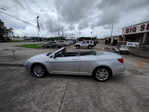 2008 Chrysler Sebring for sale at BIG 7 USED CARS INC in League City TX
