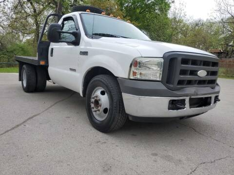 2005 Ford F-350 Super Duty for sale at Thornhill Motor Company in Lake Worth TX