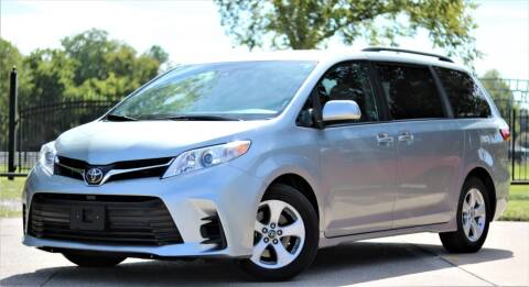 2019 Toyota Sienna for sale at Texas Auto Corporation in Houston TX