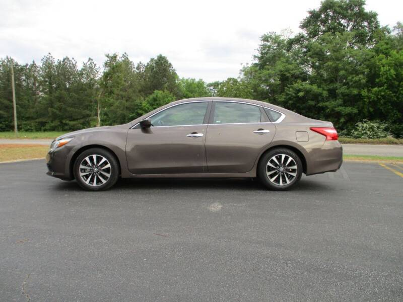 2017 Nissan Altima for sale at A & P Automotive in Montgomery AL