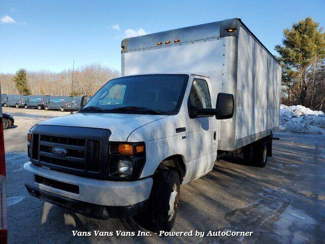 2013 Ford E-Series Chassis for sale at Vans Vans Vans INC in Blauvelt NY