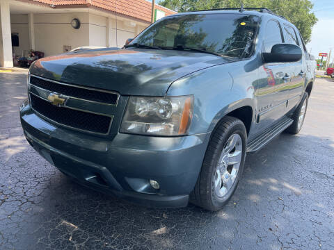 2011 Chevrolet Avalanche for sale at Elite Florida Cars in Tavares FL