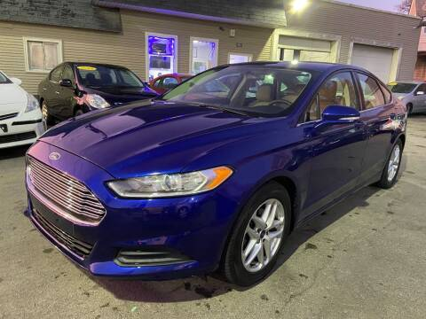 2013 Ford Fusion for sale at Global Auto Finance & Lease INC in Maywood IL