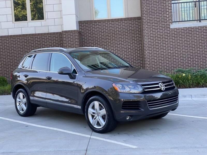2013 Volkswagen Touareg for sale in Overland Park, KS