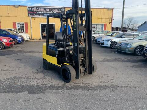 2005 Hyster 3 Stage Forklift 3 Stage Forklift for sale at Virginia Auto Mall in Woodford VA