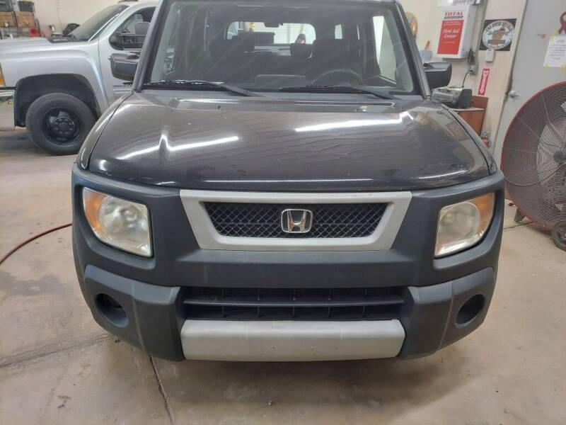 2005 Honda Element for sale at Car Connection in Yorkville IL