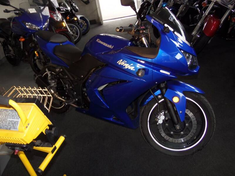 2009 Kawasaki NINJA EX 250 for sale at Fulmer Auto Cycle Sales - Fulmer Auto Sales in Easton PA