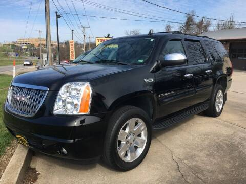 2009 GMC Yukon XL for sale at Town and Country Auto Sales in Jefferson City MO